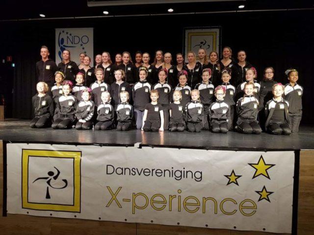 DV X-perience presenteert nieuwe dansen en outfits aan publiek